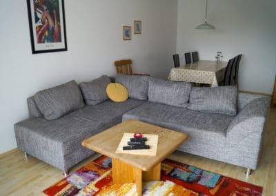 Wohnzimmer mit Blick zum Esstisch